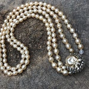 Vintage costume pearl double strand necklace